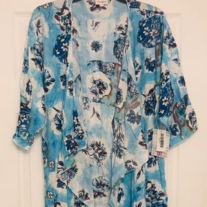NWT Lularoe medium M blue white floral Shirley